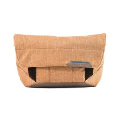 Peak Design The Field Pouch Brown